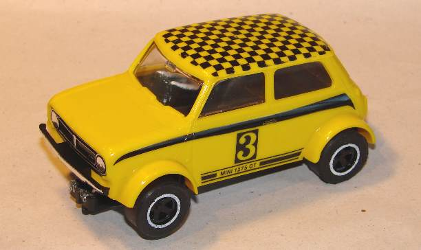 C122a_Mini_Clubman_yellow_LHS.jpg